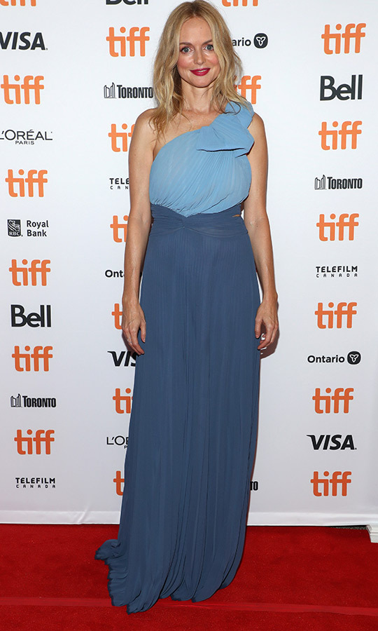 "<strong><a href=""/tags/0/heather-graham"">Heather Graham</a></strong> looked stunning on the red carpet for <i>The Rest of Us</i>, choosing a dress in multiple shades of blue!