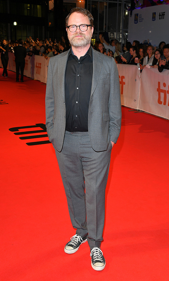 "<strong><a href==""/tags/0/rainn-wilson"">Rainn wilson</a></strong> made sure to add some rock 'n' roll to the grey suit with black shirt on the <i>Blackbird</i> red carpet in the form of black Converse All Stars.