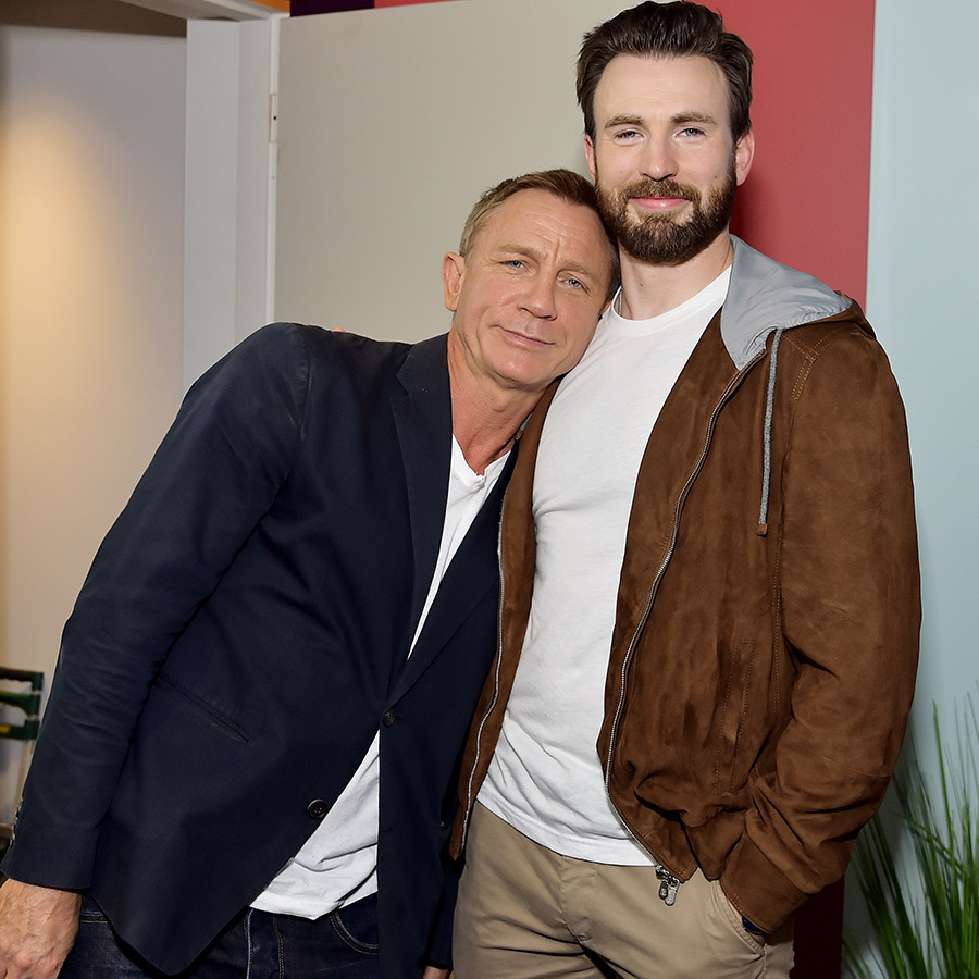 "While there, <a href=""/tags/0/daniel-craig""><Strong>Daniel</a></strong> got some bro time in with <i>Knives Out</i> co-star <strong><a href=""/tags/0/chris-evans"">Chris Evans</a></strong>.