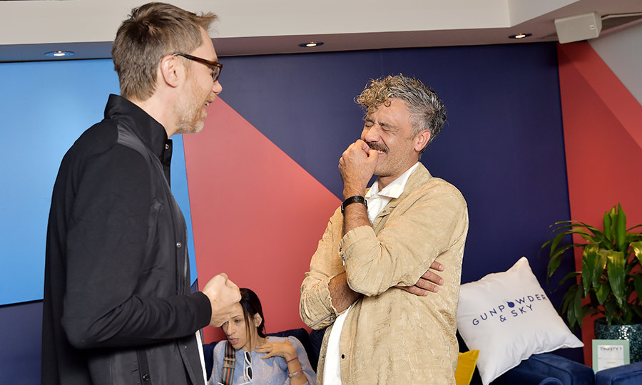 <strong>Stephen Merchant</strong> must have said something funny to <strong>Taika Waititi</strong>!