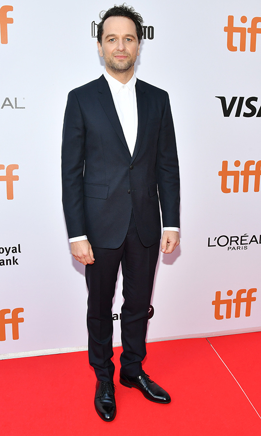 <strong>Matthew Rhys</strong> chose a blue suit for his <i>A Beautiful Day in the Neighbourhood</i> red carpet appearance.