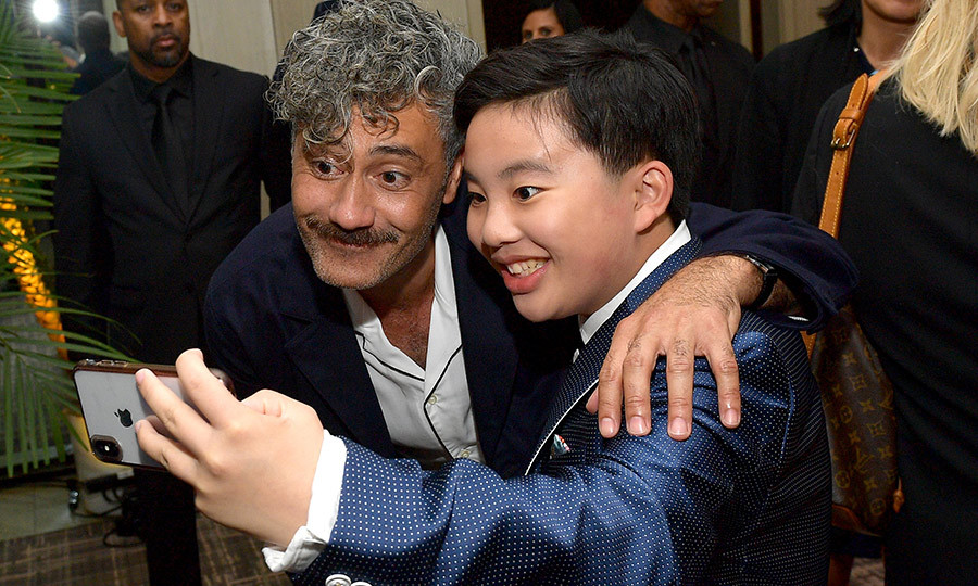 "<i>Jojo Rabbit</i>'s <strong><a href=""/tags/0/taika-waititi"">Taika Waititi</strong></a> was happy to pose for a selfie with <i>Abominable</i>'s <strong><a href=""/tags/0/albert-tsai"">Albert Tsai</a></strong>.