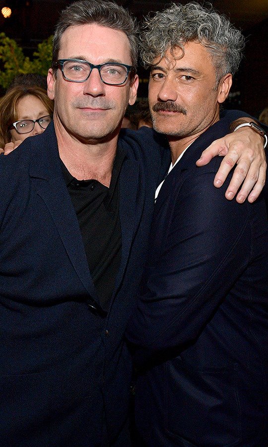 "<strong><a href=""/tags/0/jon-hamm"">Jon Hamm</a></strong>, promoting <i>Lucy in the Sky</i>, made quick friends with <strong><a href=""/tags/0/taika-waititi"">Taika</strong></a>, too!