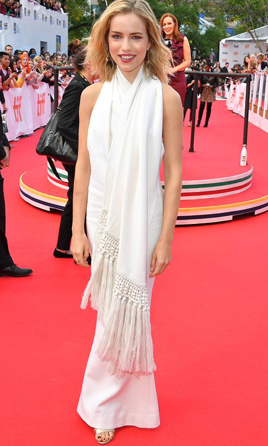 <strong>Willa Fitzgerald</strong> looked incredible in a white dress, which she paired with a beautiful tassled white shawl around her shoulders.
