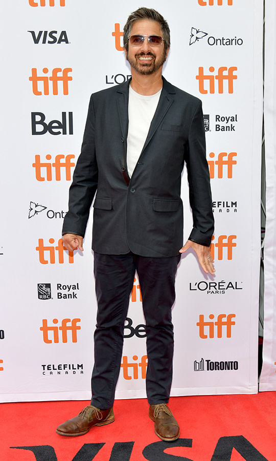 "<strong><a href=""/tags/0/ray-romano"">Ray Romano</a></strong> looked dressy and casual at once on the red carpet for <i>Bad Education</i> on Sept. 8!
