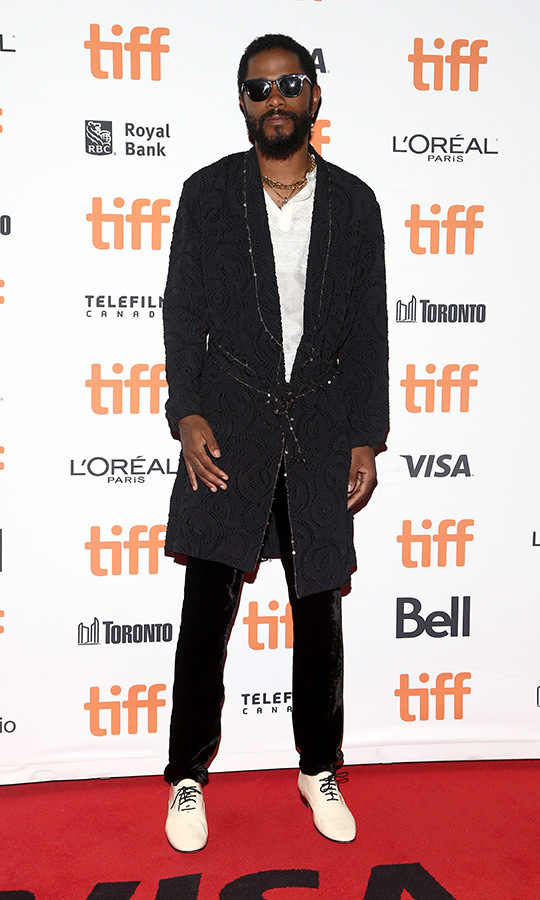 More gems on the <i>Uncut Gems</i> red carpet! We're loving <strong>LaKeith Stanfield</strong>'s look!