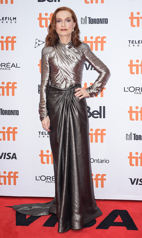 "<strong><a href=""/tags/0/isabelle-huppert"">Isabelle Huppert</strong></a>'s incredible look on the <i>Frankie</i> red carpet was alllllll about metal. 