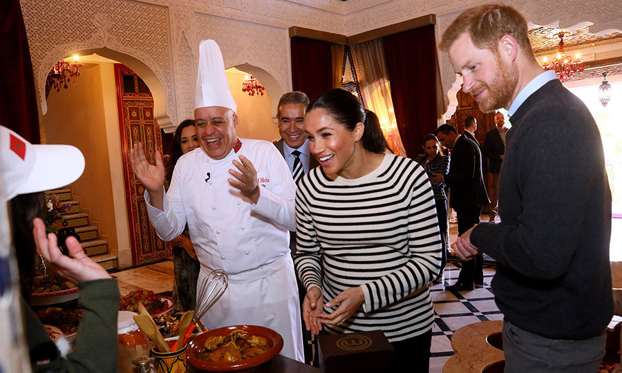 Later in the day, the couple - who are said to be foodies - learned how to make delicious Moroccan cuisine from chef <strong>Moha Fedal</strong>. 