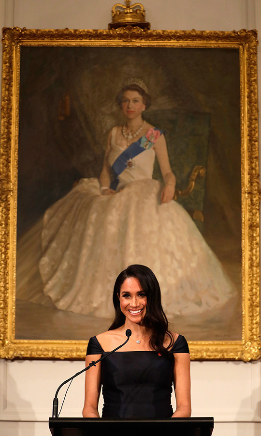 "On Oct. 28, 2018 at Goverment House in Wellington, New Zealand, <strong><a href=""/tags/0/meghan-markle"">Meghan</a></strong> stood in front of the portrait of an icon - <strong><a href=""/tags/0/queen-elizabeth-ii"">the Queen</a></strong> - while she made a speech about feminism and women's rights. 