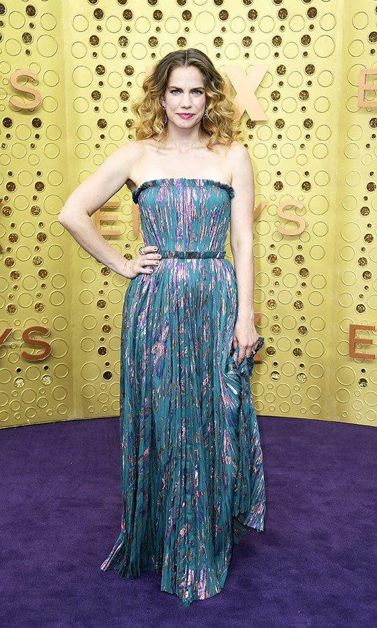 "<strong><a href=""/tags/0/anna-chlumsky"">Anna Chlumsky</a></strong> looked very colourful in a <strong>J. Mendel Resort 2020</strong> strapless gown that she'd altered - the original has sleeves.