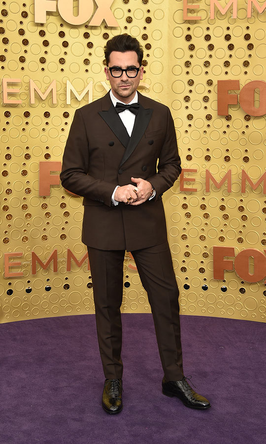 "<strong><a href=""/tags/0/dan-levy"">Dan Levy</a></strong> looked so handsome in a brown suit with a black collar and black bowtie.