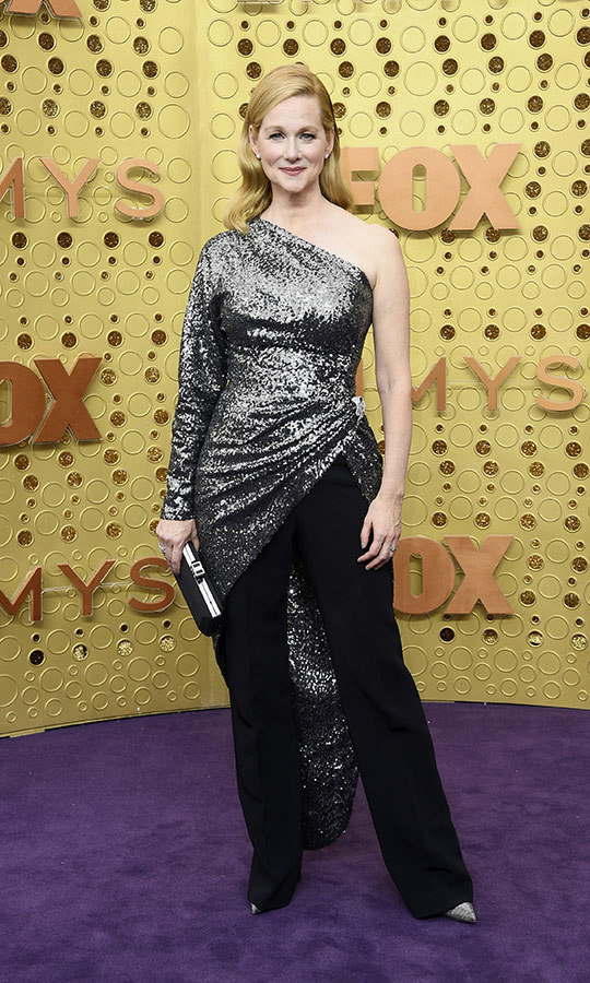 "It's safe to say sequins are in this year! <strong><a href=""/tags/0/laura-linney"">Laura Linney</a></strong> wore a silver sequin wrap over top of black pants and silver pumps.