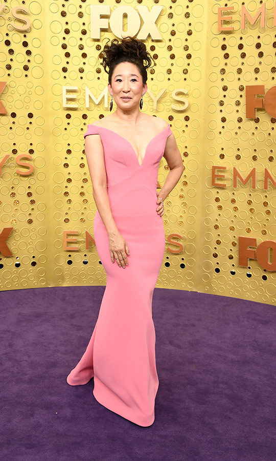 "Stunning <strong><a href=""/tags/0/sandra-oh"">Sandra Oh</a></strong> looked incredible in a Zac Posen dress at the Emmys.