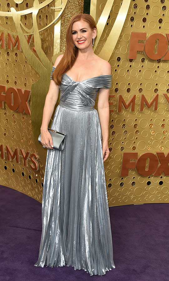"<strong><A href=""/tags/0/isla-fisher"">Isla Fisher</a></strong> stunned in silver.