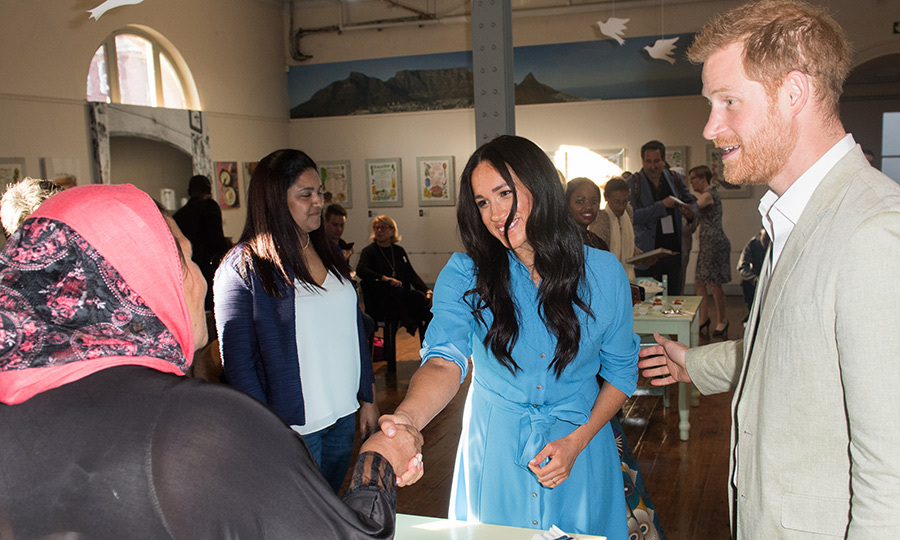 After visiting the museum, Harry and Meghan visited the District 6 Homecoming Centre, at which the neighbourhood's residents meet and share a space to cook and be in community. They shook hands and chatted with residents, who were pleased to meet them. 