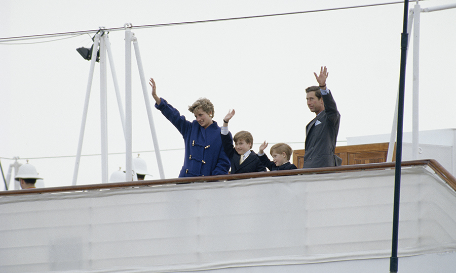 At the end of the tour, the family went home on the Royal Yacht Britannia and waved goodbye to the crowds.