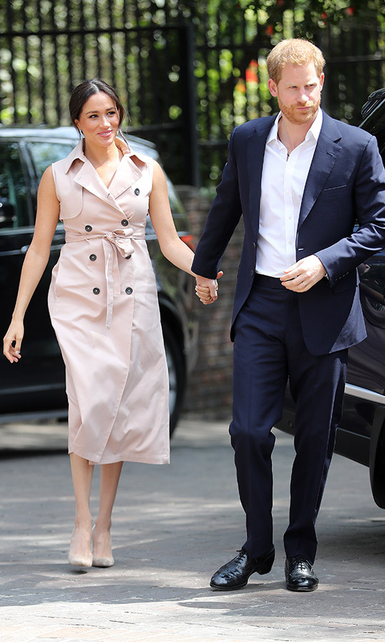 Later in the day, the couple arrived at Graca's home in Johannesburg. Meghan had changed, and was wearing the pink blush mac dress by <strong>House of Nonie</strong> we last saw her in at the Nelson Mandela Centenary Exhibition at the centre's Queen Elizabeth Hall in July 2018. What a lovely gesture for Graca!