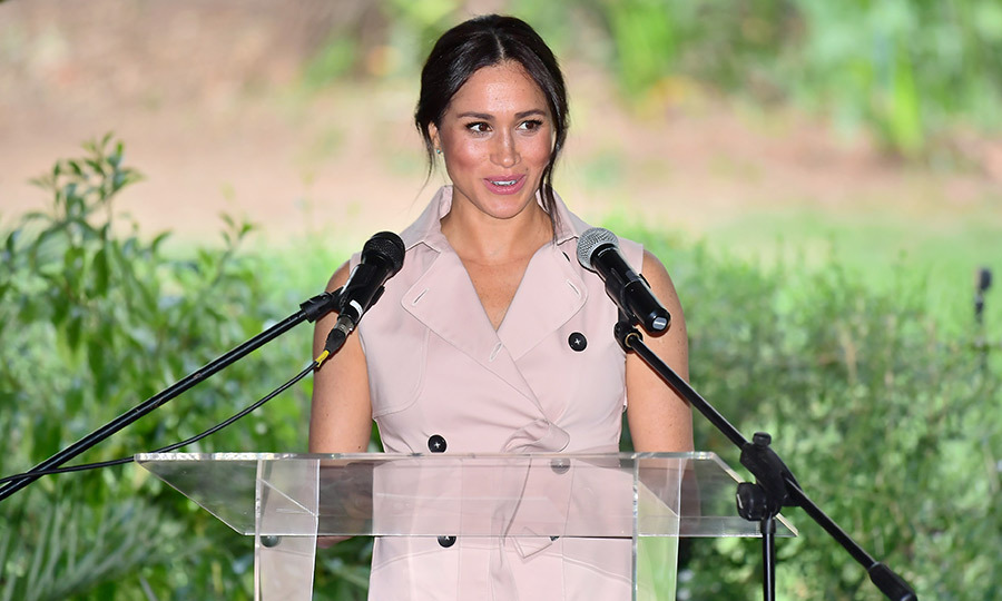 Meghan, clad in the same House of Nonie mac dress she wore to visit Graca, made some remarks. 