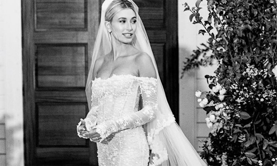 Did You Catch The Issue With Hailey Bieber S Wedding Veil
