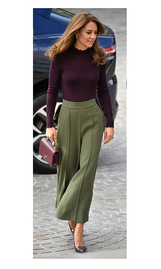 "Kate looked stunning as ever as she arrived, wearing a maroon knitted sweater from <strong>Warehouse</strong>, green culottes from <strong><a href=""/tags/0/jigsaw"">Jigsaw</a></strong>, <strong>Tod</strong> red-fringed heels and carried a <strong><a href=""/tags/0/chanel"">Chanel</a></strong> handbag.