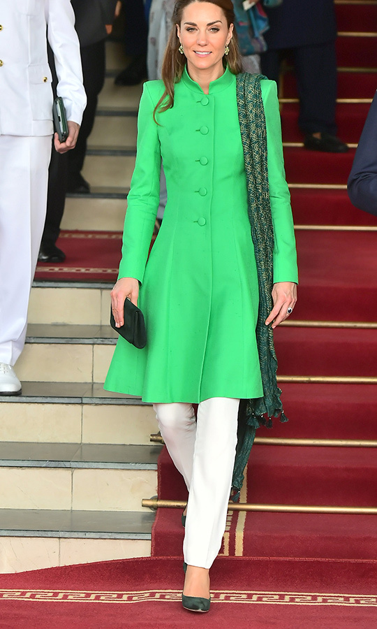 "Here's a full look at Kate's second outfit of the day! She chose a green <strong><a href=""/tags/0/catherine-walker"">Catherine Walker</a></strong> tunic, white pants from Pakistani designer <strong><a href=""/tags/0/maheen-khan"">Maheen Khan</a></strong> and a scarf from <strong>Satrangi</strong>. 