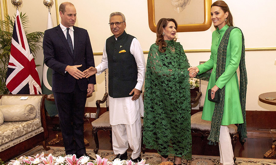 From Imran's house, the couple headed to Pakistani President <Strong>Arif Alvi</strong>'s official residence to meet him and his wife, <Strong>Samina</strong>. 