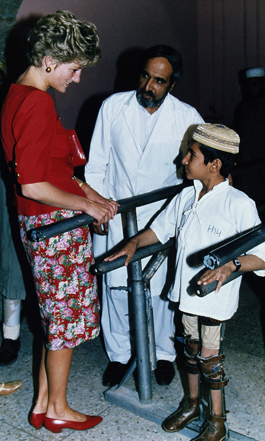 Diana also visited the Sandy Gill Limb Centre and spent some more time with youngsters while she was in the north. 