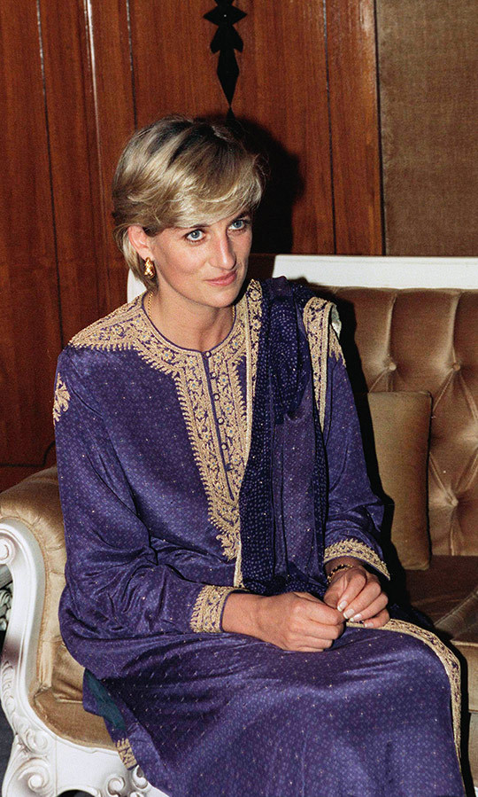 Diana was dating heart surgeon <strong>Hasnat Khan</strong> at the time, who is a distant cousin of Imran. Unfortunately, the two ended their relationship about a month later. 