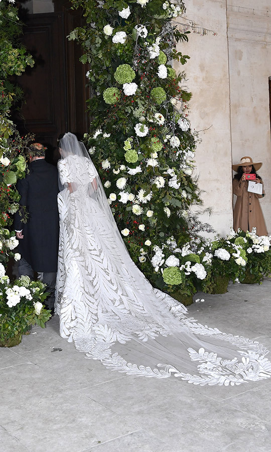 Here's a look at the gorgeous train and veil on the bride's gown.