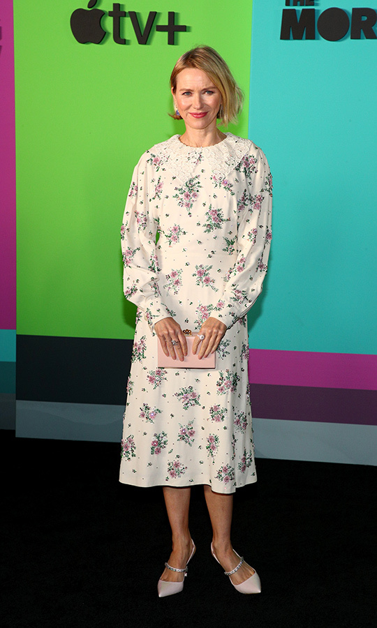 "<strong><a href=""/tags/0/naomi-watts"">Naomi Watts</a></strong> looked beautiful in a long-sleeved floral-patterned dress with a lace ruffle neck. 
