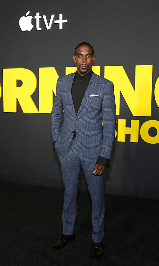 <strong>Desean Terry</strong>, who plays Daniel Henderson on the show, looked stunning in a charcoal grey suit, which he paired with a black dress shirt. 
