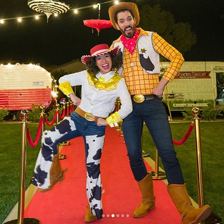"Drew Scott and his wife <strong><a href=""/tags/0/linda-phan"">Linda Phan</strong></a> brought their best cowboy and cowlgirl looks.
