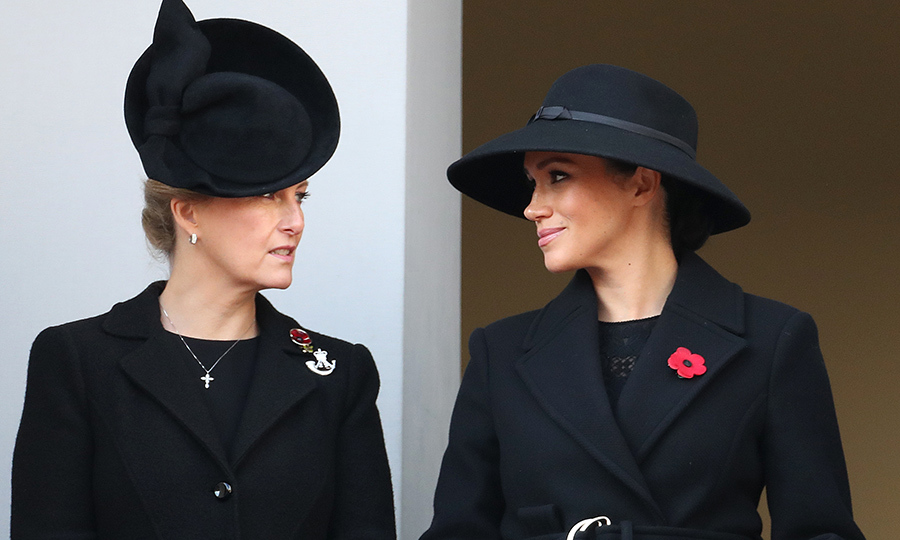 Meghan and Sophie also had a quick conversation before the event started. 