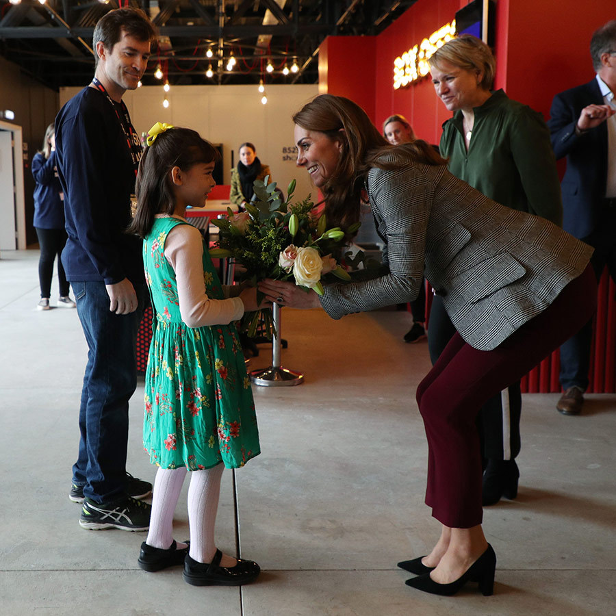 Kate also received a beautiful bouquet from <strong>Michaela Conway</strong>, 8, before she and William left. 