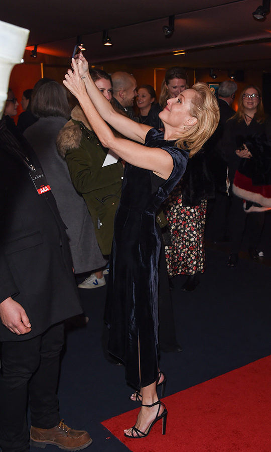Once inside, Gillian was very into taking selfies and shots of the crowd!