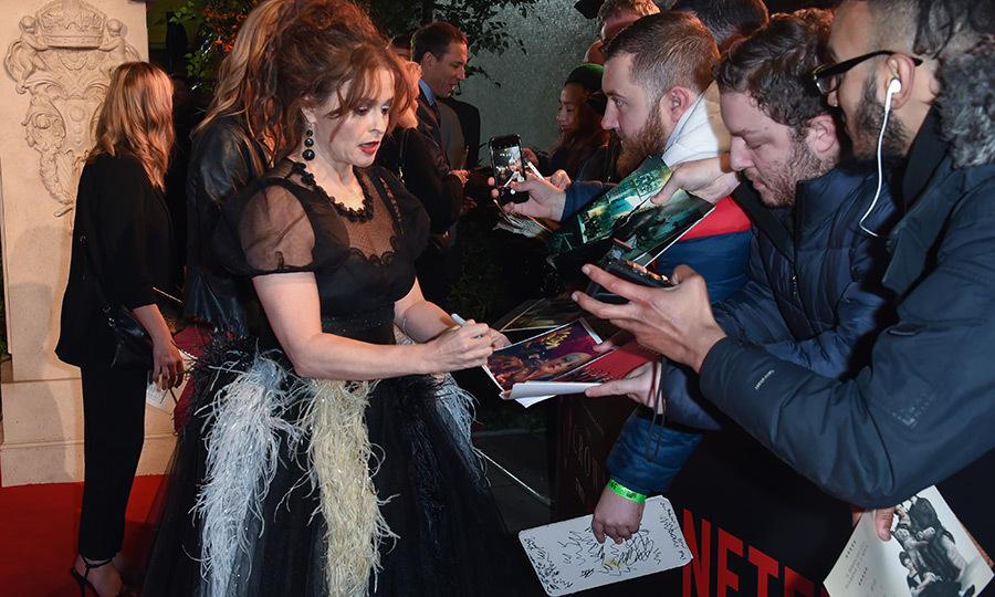 Helena also signed some things for admirers. 