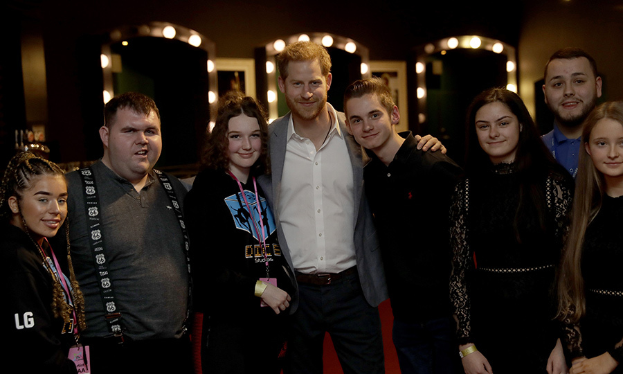 Harry spent time with many of the nominees and award winners backstage. 