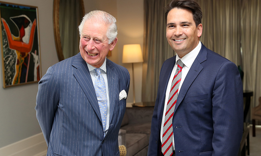 ... before heading inside to meet with opposition leader <strong>Simon Bridges</strong>.