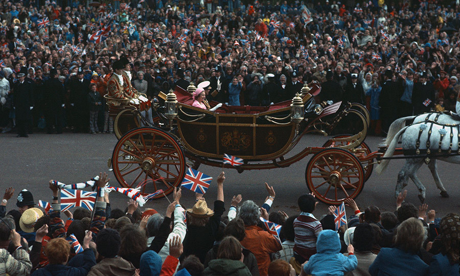 Her Majesty was also given a huge Silver Jubilee celebration in London that same year.