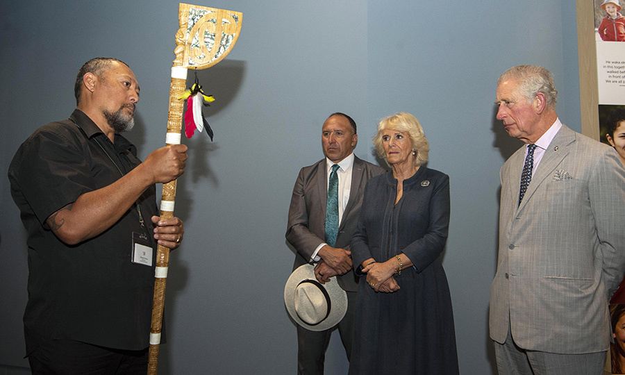 At the end of their visit, the couple were given a tewhatewha (fighting staff), which symbolizes the relationship between the Māori people and the Crown.