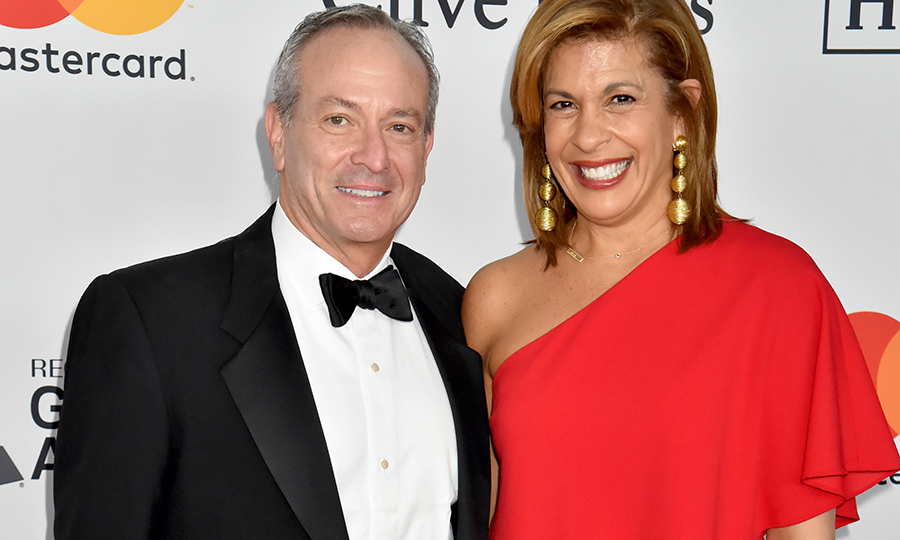 <h2>Hoda Kotb and Joel Schiffman</h2>