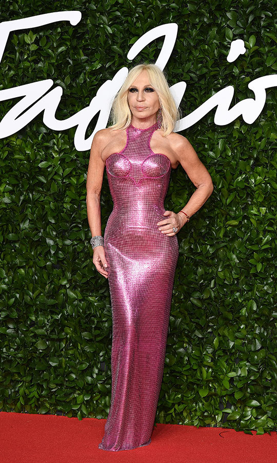 Fashion icon <strong><a href=/tags/0/donatella-versace>Donatella Versace</a></strong> wowed in a very space-age pink gown!