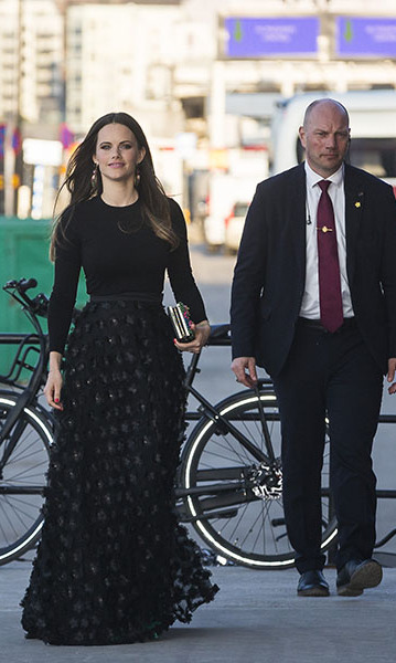 At UNDP's Spring Gala at the Fotografiska Photography Museum on April 17, 2018, Princess Sofia made quite the entrance in a black maxi gown. Her textured skirt, jewels and red nail polish created a dramatic finish.<p>Photo: © MICHAEL CAMPANELLA/Getty Images