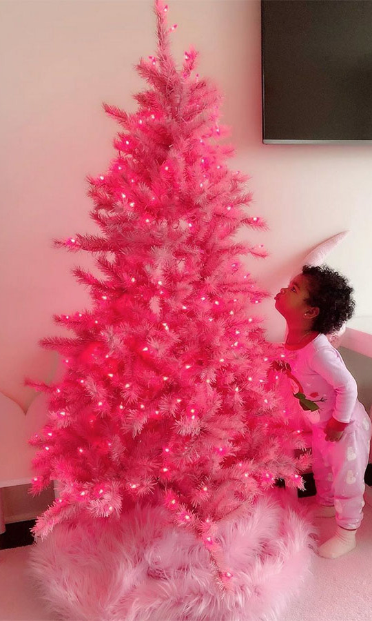 <h2>Khloe Kardashian</h2>