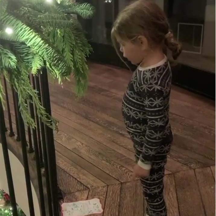 <h2>Kourtney Kardashian</h2>