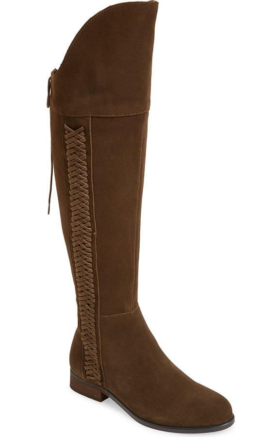 "Duchess Kate has famously been recycling her beloved <a href=""https://ca.hellomagazine.com/tags/0/penelope-chilvers"" target=""_blank""><strong>Penelope Chilvers</a></strong> boots for over 15 years. 