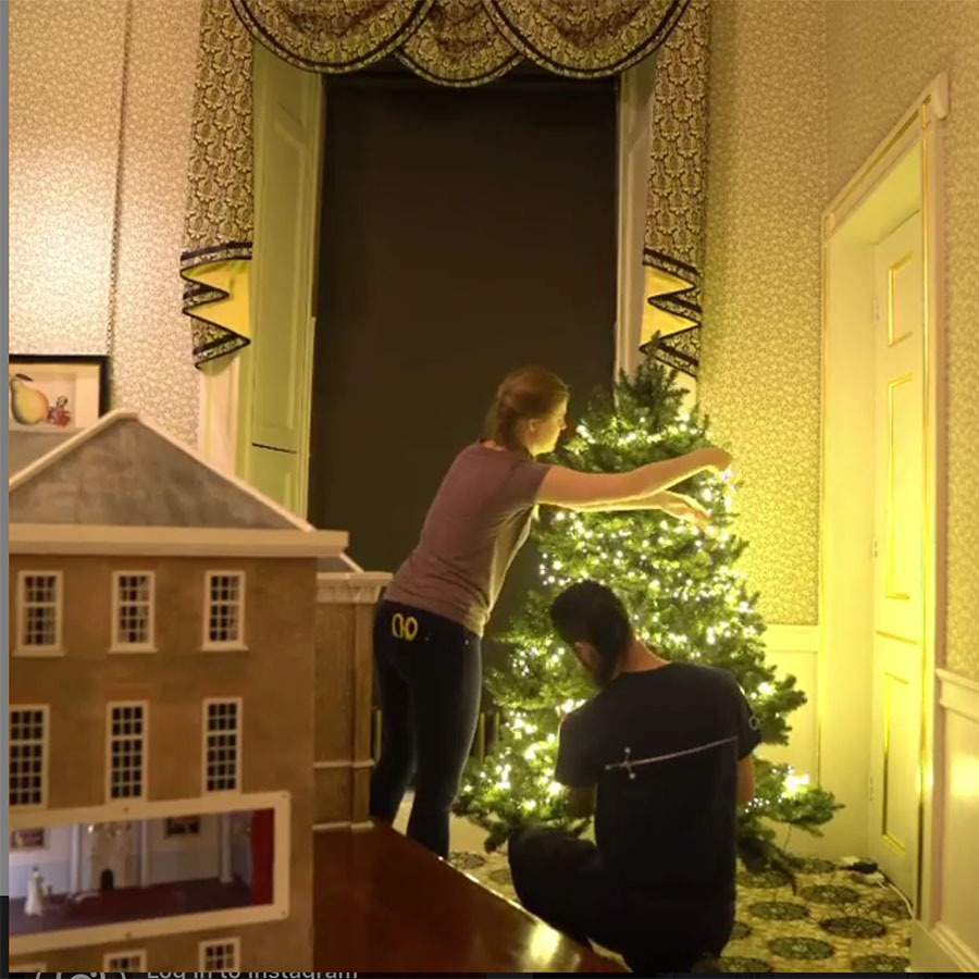 "<h2>Historic Royal Palaces</h2><p></p>The Historic Royal Palaces Instagram <a href=""https://www.instagram.com/p/B6Sb_feHXhy/"" target=""_blank"">shared a captivating behind-the-scenes video</a> of Christmas trees being put up at Kensington Palace and the history of the tradition dating back to <strong><a href=""https://ca.hellomagazine.com/tags/0/queen-victoria"" target=""_blank"">Queen Victoria</strong></a>'s time!<p></p>Photo: © Instagram/historicroyalpalaces"