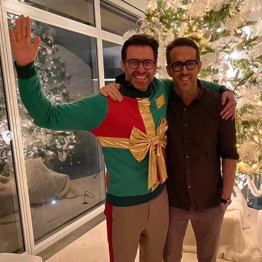 "<h2>Hugh Jackman and Ryan Reynolds</h2><p>It's an ugly Christmas sweater that helps support a good cause! <a href=""https://ca.hellomagazine.com/tags/0/hugh-jackman"" target=""_blank""><strong>Hugh Jackman</a></strong> posed with <a href=""https://ca.hellomagazine.com/tags/0/ryan-reynolds"" target=""_blank""><strong>Ryan Reynolds</a></strong> wearing the Christmas sweater the latter helped make famous last year.<p>Photo: © Instagram/thehughjackman"