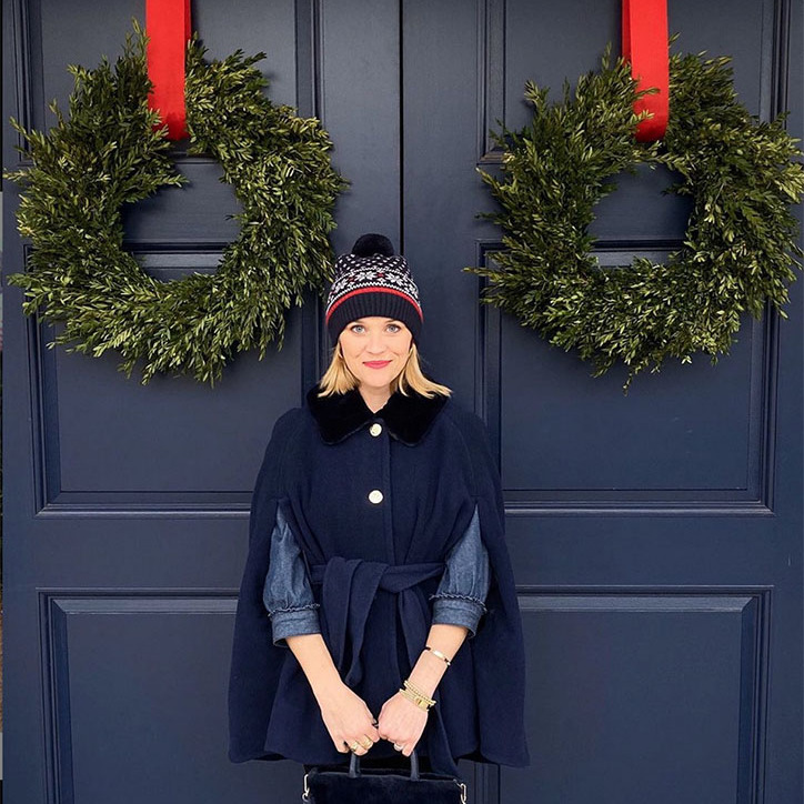 <h2>Reese Witherspoon</h2><p></p>The actress matched the festive decorations! Reese told fans she was going to take them around her favourite spots in Nashville via social media.<p>Photo: © Instagram/reesewitherspoon