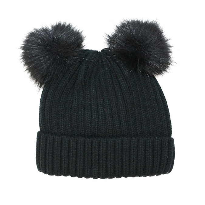 "Two pom-poms are better than one! This dark hat has the same ""ear"" effect as Archie's thanks to the two faux fur pom-poms. The black material won't show stains as easily as light colours. And it will match with any coat and snow pants.</p><p>Kid's Fits Faux Fur Pom-Pom Tuque, $13.20, <a href=""https://www.thebay.com/fits-kids-fits-faux-fur-pom-pom-tuque/product/0600091047409?FOLDER%3C%3Efolder_id=2534374302025740&R=67606255043&P_name=Fits&N=302025740&bmUID=mZBqu7v"" target=""_blank"">Hudson's Bay</a></p><p>Screenshot via thebay.com"
